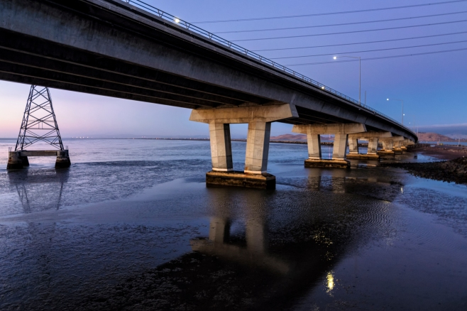 Dumbarton bridge at dusk